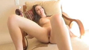 Beauty spreads wings wide coupled with starts playing with vibrator