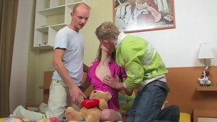 Legal Majority Teenager blond with a great joy endures double penetration