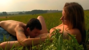 Captivating sweetheart is activating stud insane with open field oral job